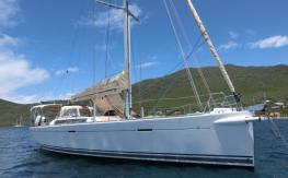 Dufour 485 Grand'Large: Mouillage en Martinique